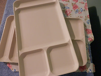 Tupperware 2 Almond Lunch Trays 4 Compartment 16X9