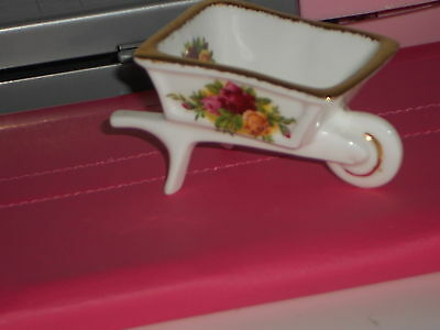 Royal Albert Old Country Roses Wheelbarrow  undermarked  first quality mint