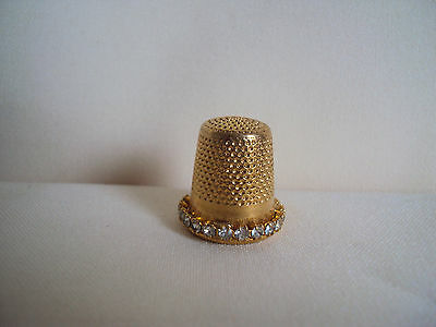 Collectible Gold Tone Metal / Clear Stones # 8 Thimble Made In Spain