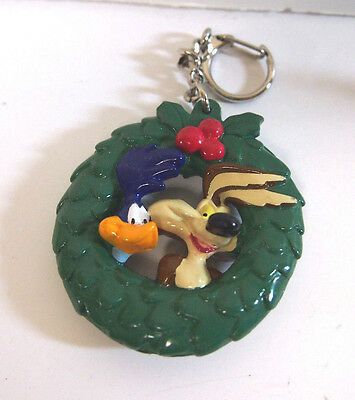 WILE COYOTE & ROAD RUNNER  Looney Tunes Keychain