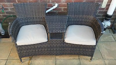 Double Rattan Garden Seat With 2 Cushions