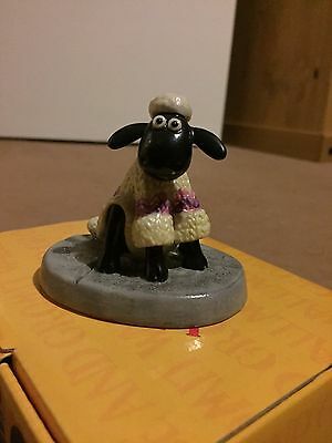 Coalport Wallace and Gromit--  Shaun's new coat -- First Edition -- NEW