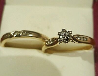 9ct yellow gold diamond egagement & wedding ring set