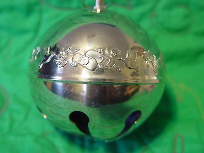 Wallace Silver Plated Sleigh Bell 1977 Mistletoe and Doves 7th  Edition