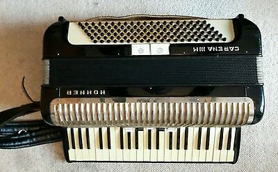 Hohner Carena III M Piano Accordion 120 Bass with Case