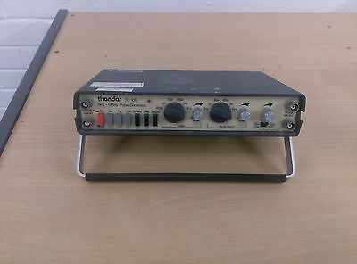 Thandar TG 105 pulse generator - 5Hz to 5Mhz  (RS 610-629)
