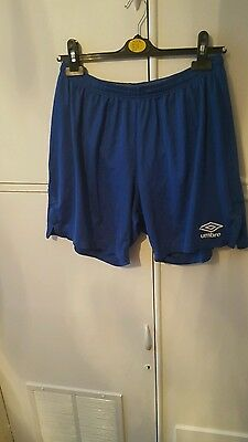 mens umbro shorts size XL