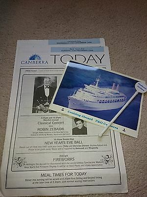 P&O Canberra - Newsletters & photo