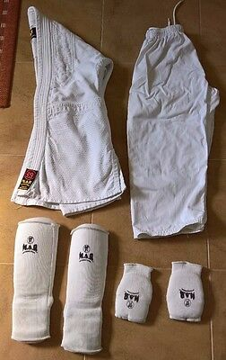 Child 130cm MARS Matrial Arts Suit with Pads (8-9 Yrs)