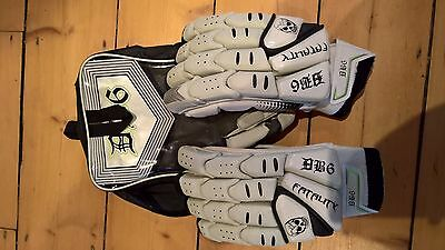 Mens RH Cricket Gloves