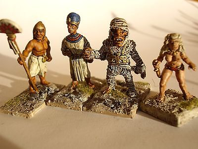 4 painted 28mm Ancient Biblical Egyptians Pharaoh mummy concubine