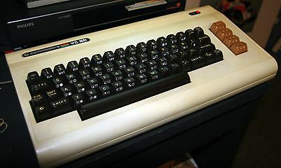 Commodore VIC-20 with power supply - RARE WORKING & GOOD CONDITION - 64 C64
