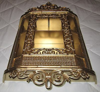 VINTAGE SYROCO MOLDED RESIN CURIO CABINET WALL SHELVES ORNATE Gold #3609