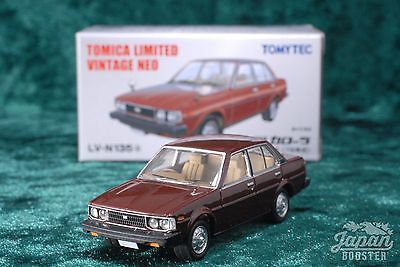 [TOMICA LIMITED VINTAGE NEO LV-N135a 1/64] TOYOTA COROLLA 1800SE (Brown)