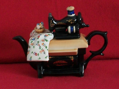 ** Superb Cardew Sewing Machine Teapot ** ** In Excellent Condition **