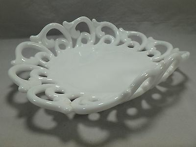 Fostoria Monroe Lace Milk Glass Centerpiece Fruit Bowl Plate Dish White Art