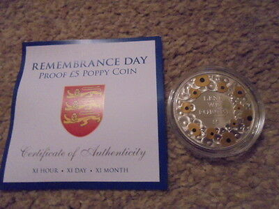 2015 Remembrance Day Proof £5 Poppy Coin