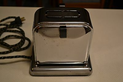 Vintage Toast Queen electric toaster   Works