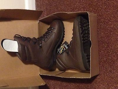 Karrimor SF Brown Leather Gortex Boots - Size 10M (Brand New - No Box)