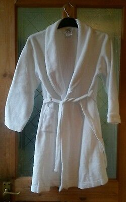 girls white dressing gown age 9/10 new