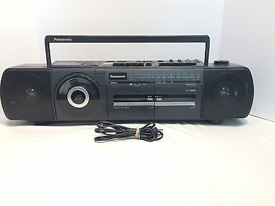 VINTAGE Panasonic DT50 BoomBox - TESTED - MISSING CD PLAY BUTTON BUT WORKING