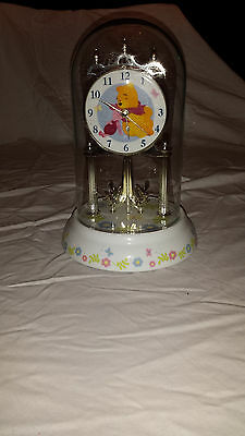 Disney Winnie The Pooh Dome Clock Hugging Piglet Floral With Bees