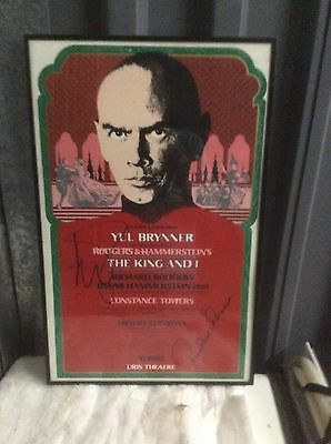 """YUL BRYNNER Autographed """"The King And I"""" B'way Window Card (1977) !!!!"""