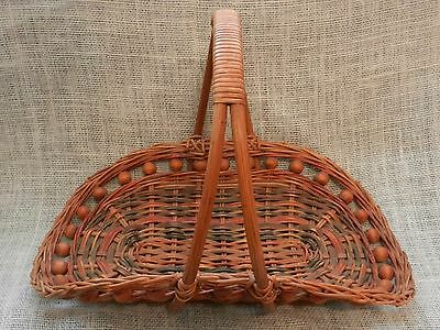 Flower Gathering Basket With Wood Beads