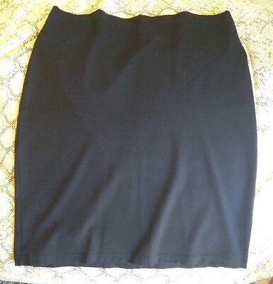 Pea in a pod Maternity skirt Black size 18