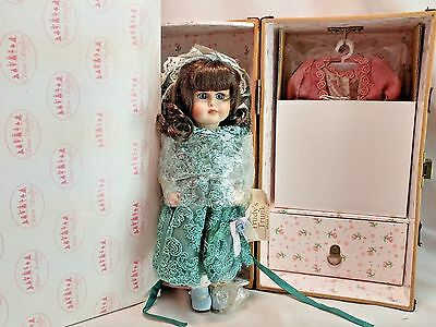 """Showstoppers Trudy's Trunk 8"""" Porcelain Doll w/ Trunk + Outfit Shoe Accessories"""