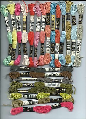 22 mixed DMC Stranded embroidery floss cottons threads. Made in France, 8m. #10