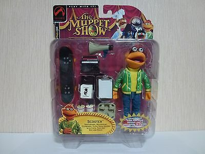Muppets Palisades Action Figure. Scooter Skateboard