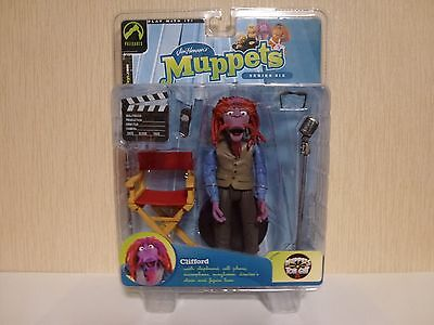 Muppets Palisades Action Figure. Clifford Clapboard Directors Chair