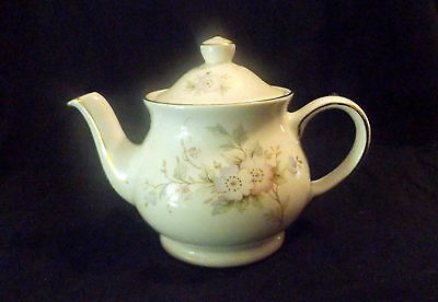 Sadler 3 Cup Teapot White With Gold Trim & Floral Design.