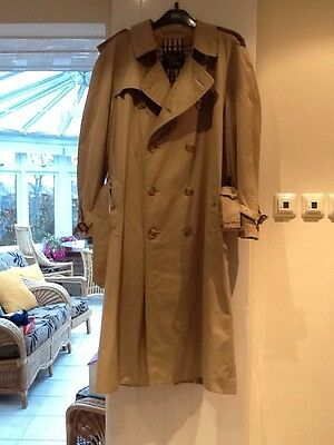 Genuine Burberry Vintage Mens Beige Trench Coat