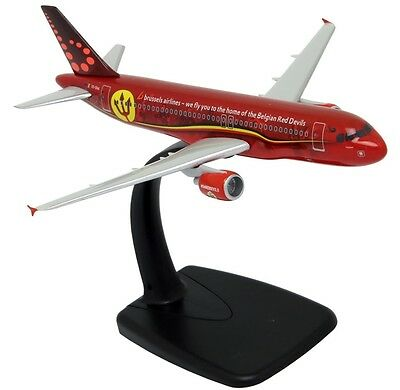 "Brussels Airlines ""Belgian Red Devils"" Airbus A320 Plastic Snap Fit Model 1:200"