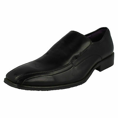 Wholesale Mens Formal Shoes 14 Pairs Sizes 7x11  A1057