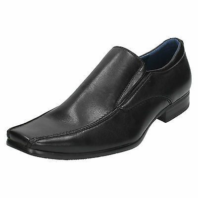 Wholesale Mens Formal Shoes 12 Pairs Sizes 7x11  A1051