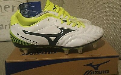 NEW Mizuno Rugby Boots Size 7