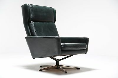 Vintage Danish Leather Swivel Chair by Georg Thams