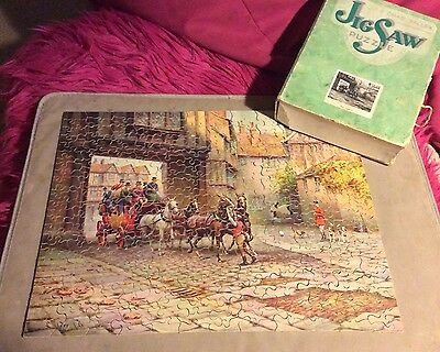 Vintage Chad Valley Approx 300 Piece Wooden Jigsaw