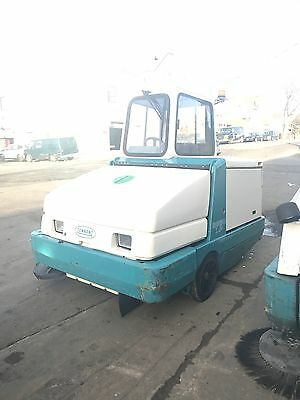 Tenant Sweeper 6650 *329 Hours*