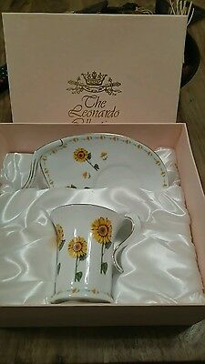 Leonardo collection china cup and plate/sunflowers