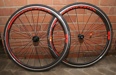 Syncros RR2.0 Clincher Road Bike Wheels Shimano DT Swiss Hubs including tyres