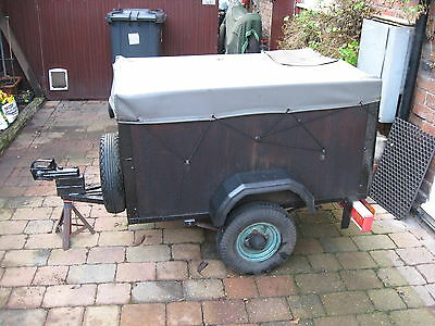 Small Trailer With Cover