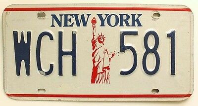 """Vintage New York 1986-2000 """"Statue of Liberty"""" License Plate WCH-581"""