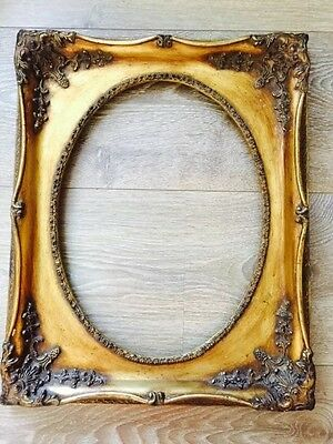 Antique style gold picture frame
