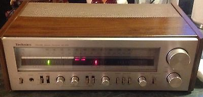 Vintage Technics Receiver Model SA-404 powers on.