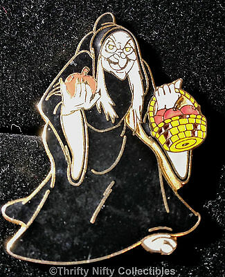 "Disney Trading Pin - ""Old Hag"" Witch (Evil Queen) from Snow White - RETIRED 2002"