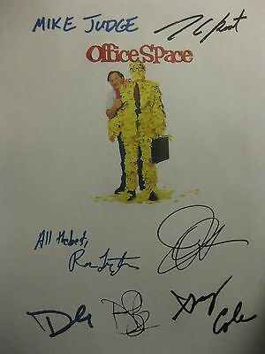 Office Space Signed Film Script Mike Judge Ron Livingston Jennifer Aniston repnt